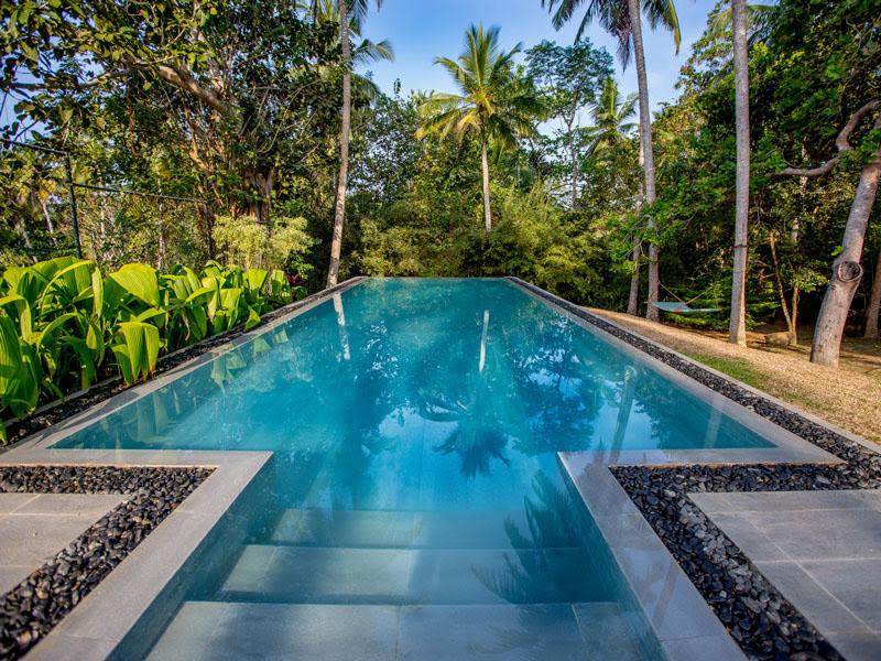 The Teak House - Beachfront Villa in Tangalle, Sri Lanka