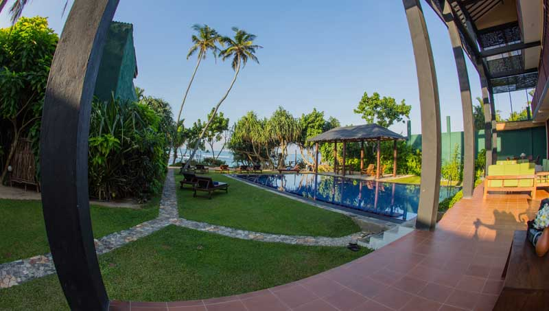 South Point Ocean a Beachfront Villa in Ahangama, Sri Lanka