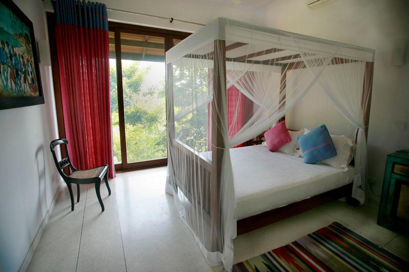 Sea Heart House a Lakefront Villa in Koggala, Sri Lanka