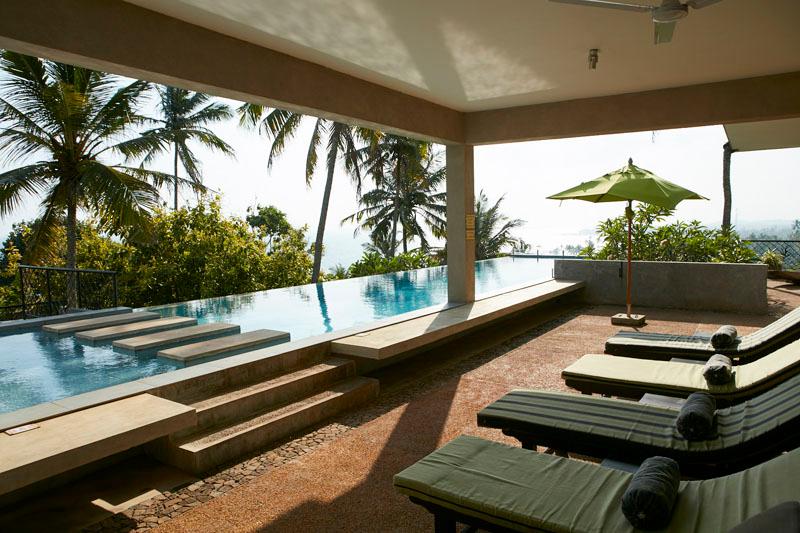 Villa Kambura a Beachfront Villa with Pool in Mirissa, Sri Lanka