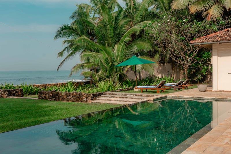 Villa Ambalama a Beachfront Villa with Pool in Galle, Sri Lanka